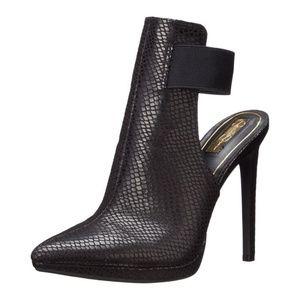 Sexy Jessica Simpson heels